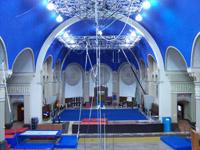 Grand format 800 X 600, École de cirque (intérieur), 1er septembre 2005. Photo: Jean Cazes