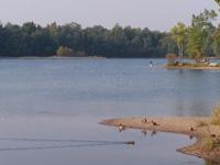 Grand format 800 X 600, base de plein air (lacs), 15 septembre 2005. Photo: Jean Cazes