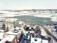 Grand format 600 X 450. Vue à partir de la terrasse Dufferin, 14 mars 1993 en matinée. Photo (diapo): Jean Cazes.