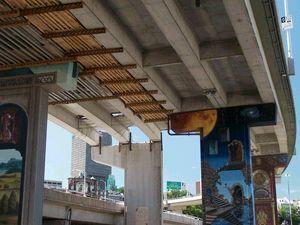 Élimination des bretelles de l'autoroute Dufferin, vue en direction SE à partir du boulevard Charest. Photo: Jean Cazes, 29 juin 2007.
